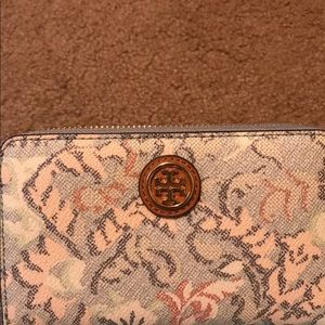Authentic Tori Burch Wallet with wristlet strap.